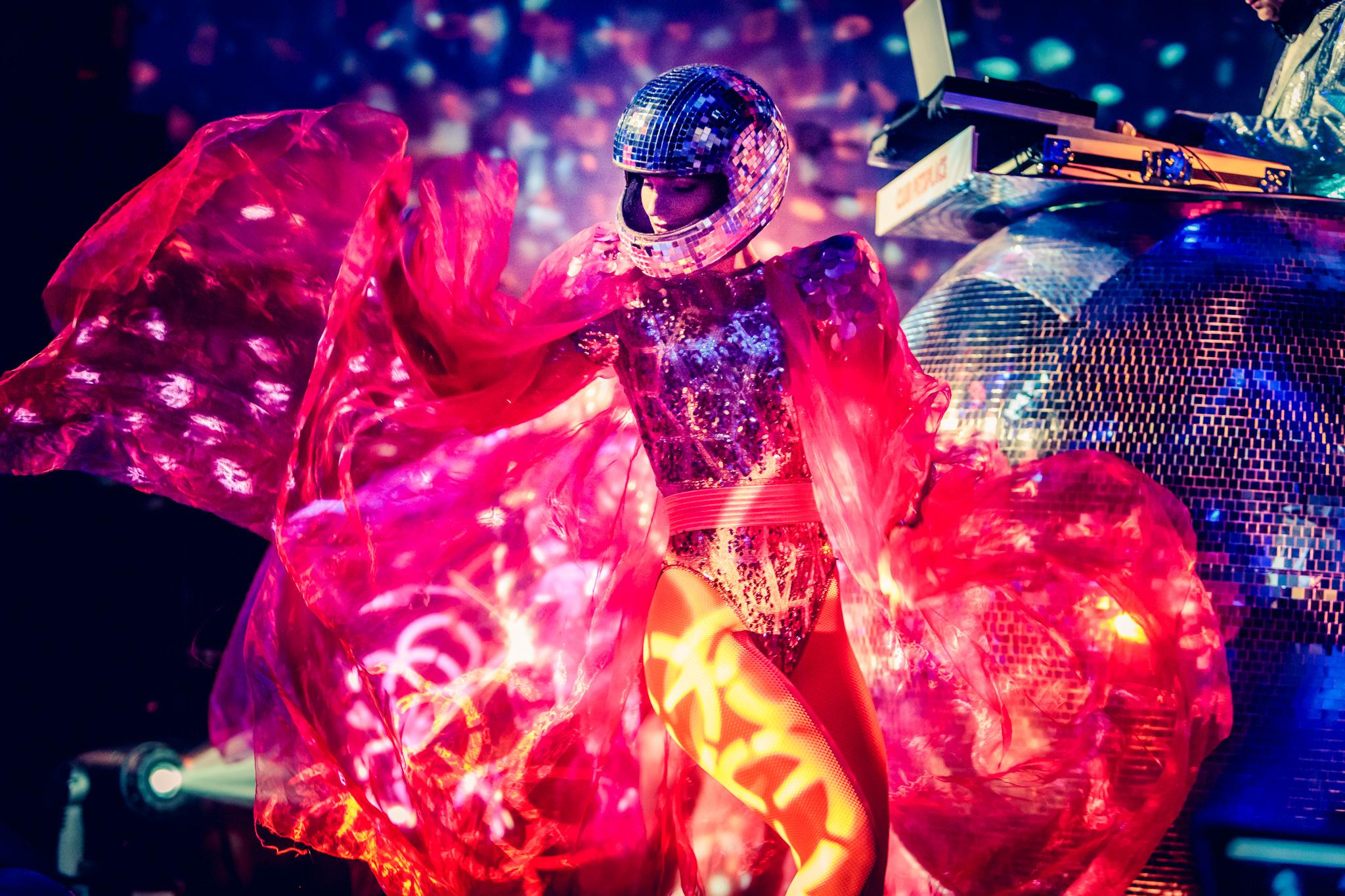 Entertainment Matters dansen op bedrijfsfeest.